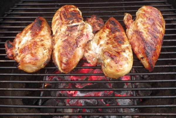 kamado joe grilled chicken
